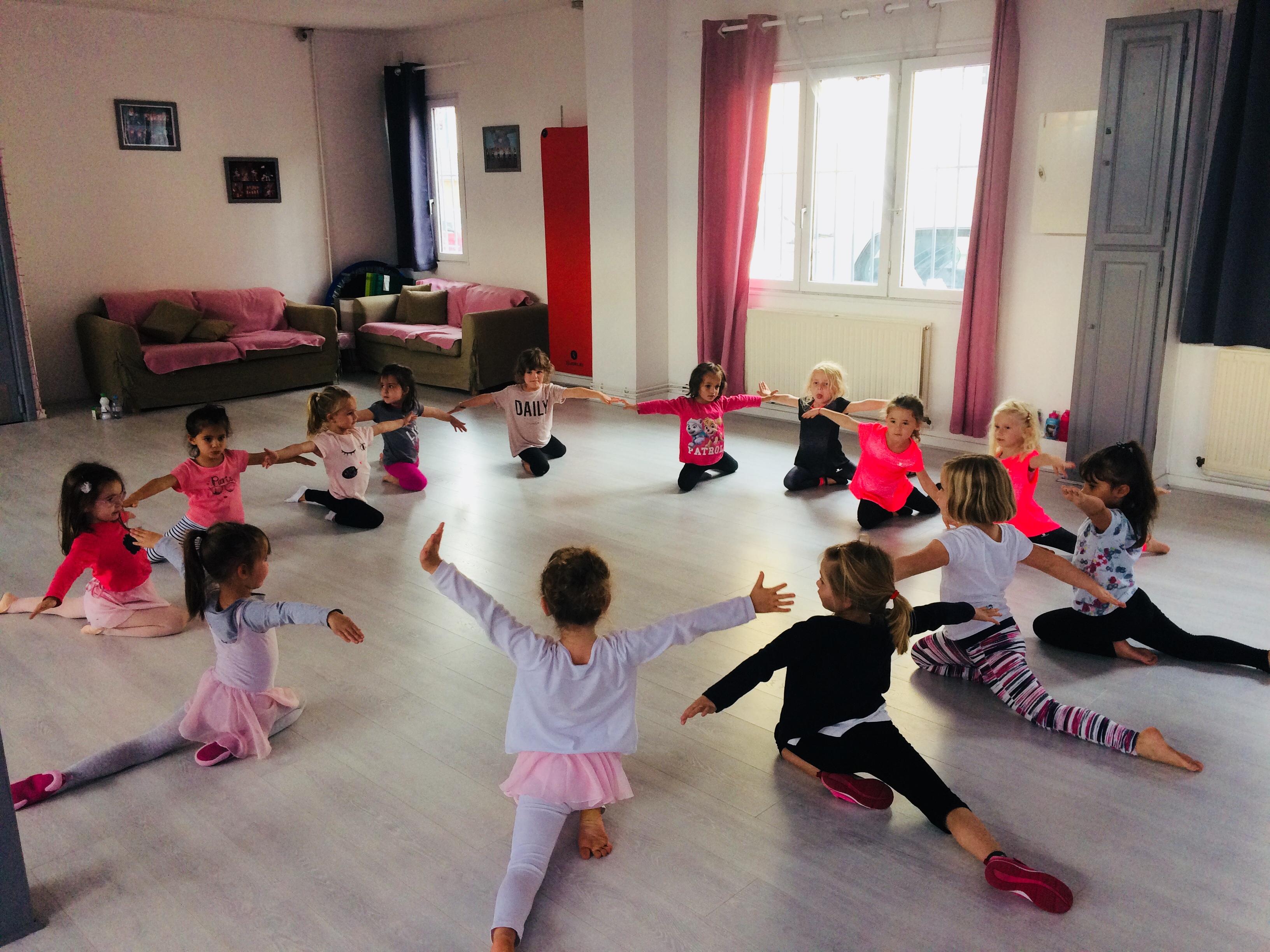 COURS DE BABY DANCE